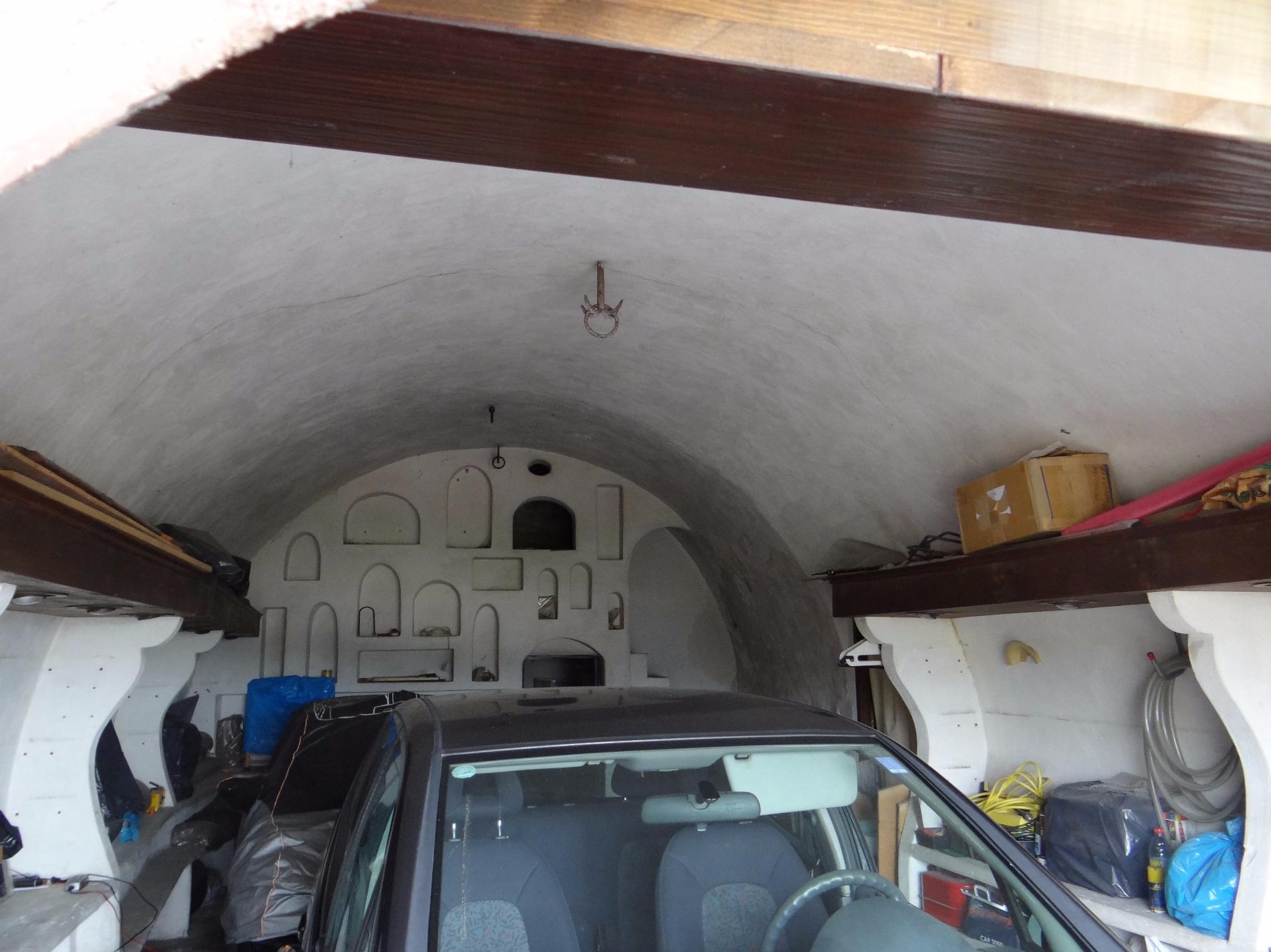 Vente immobilier professionnel saint paul de vence for Garage des remparts etampes